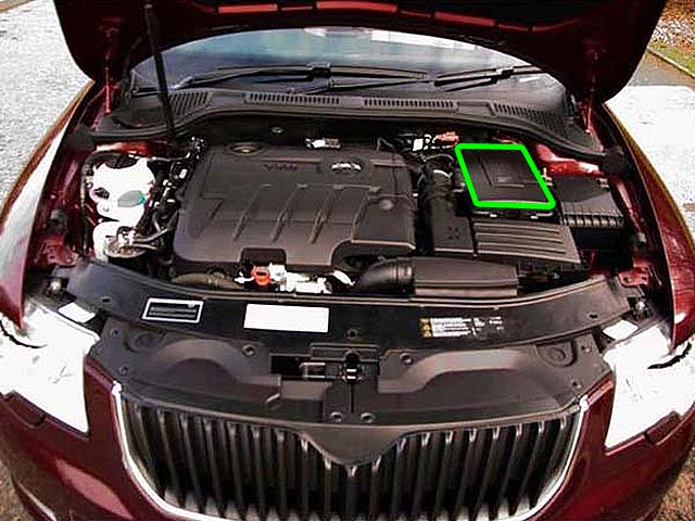 Skoda Superb Car Battery Location